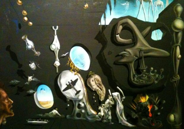 Quadros, desenhos, pinturas, esculturas. Dalí era mesmo fantástico.