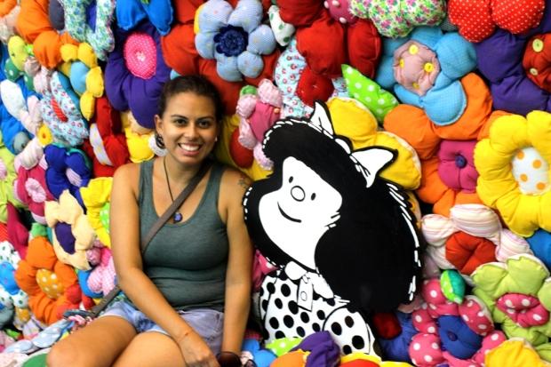 A Mafalda tava me admirando (outra foto que tive que ficar na fila)