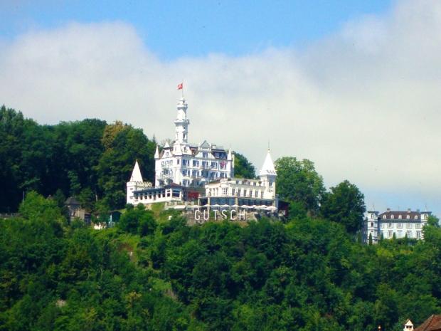 Boutique Hotel Château Gütsch. Castelo na montanha!