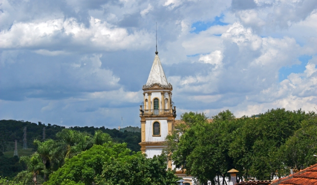 Santana-de-Parnaiba-torre-igreja-paroquia santanna-bussola-quebrada