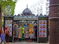 Jornaleiro em Paris