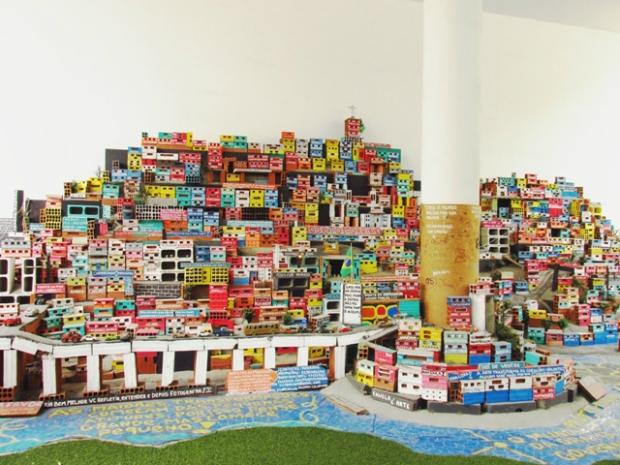 Favela e arte