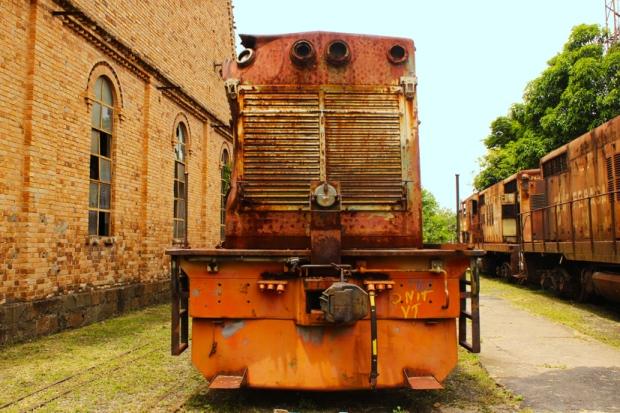 locomotiva ferrugem jundiai