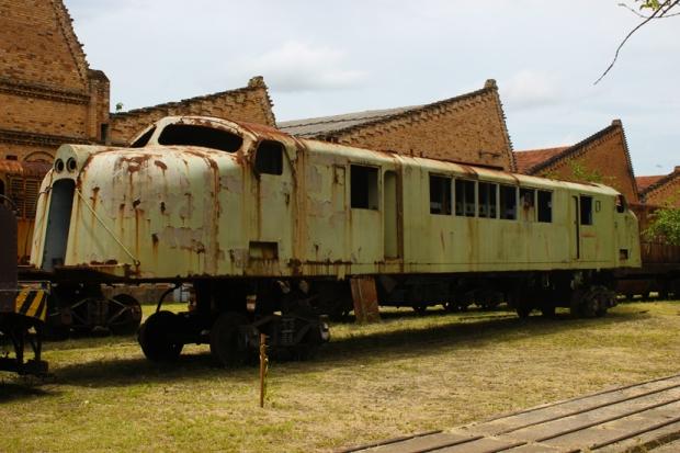 trem de focinho de porco jundiai