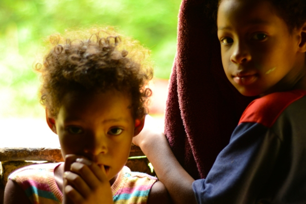 Crianças de Iporanga, Quilombo de Bombas.