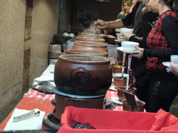 sopa panelas de barro