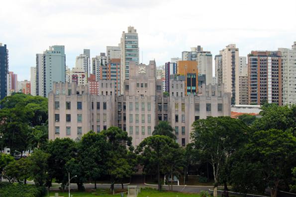 Do ladinho do MAC, o prédio lindo do Instituto Biológico de São Paulo.
