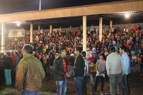 arena-rodeio-Barra-do-Turvo
