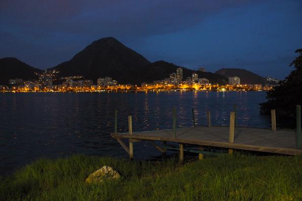 cais-Lagoa-Rodrigo-de-Freitas