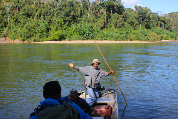 barqueiro-ribeira-de-iguape