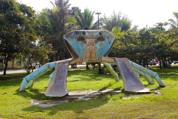 escorregador-caranguejo-Paranagua