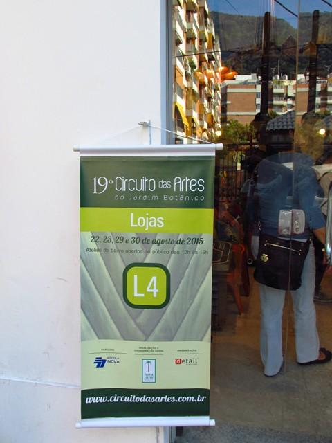 Na frente de todos os participantes tinha um banner como esse, inclusive nos restaurantes participantes do circuito gastronômico.