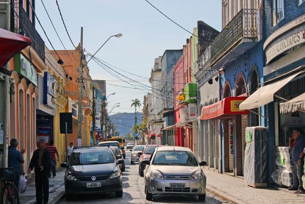 rua-XV-de-novembro-Paranagua
