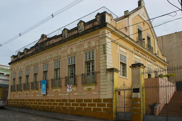 teatro-municipal-Paranagua