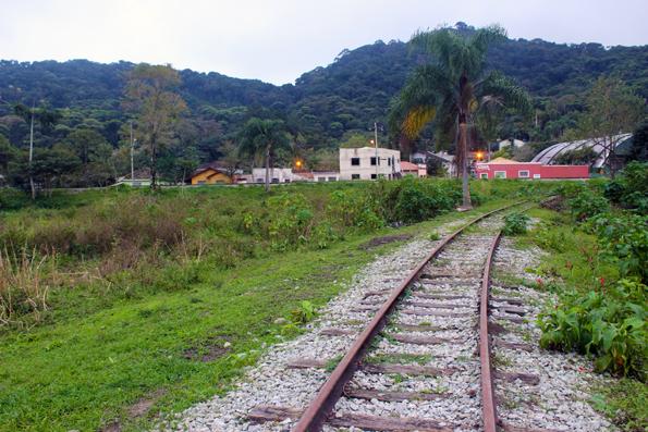 trilhos-trem-antonina