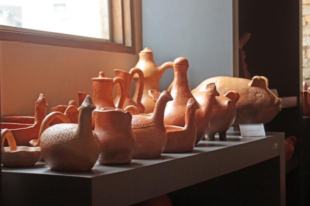 esculturas-ceramica-casa-do-artista-apiai