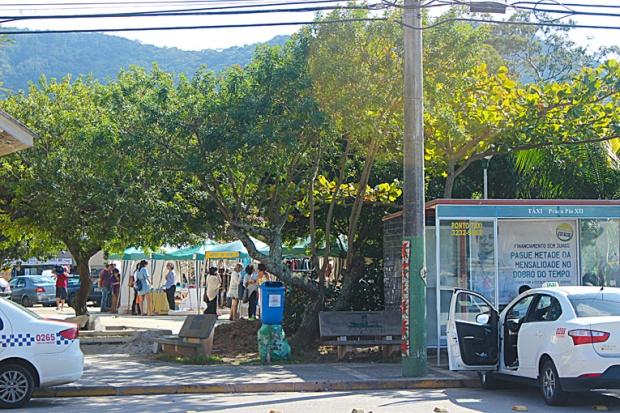 feira-artesanato-florianopolis-floripa-lagoa-da-conceicao