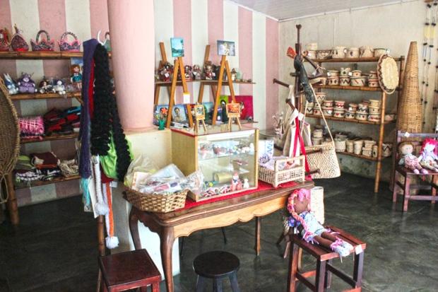tecelagem-artesanato-casa-do-artesao-de-apiai