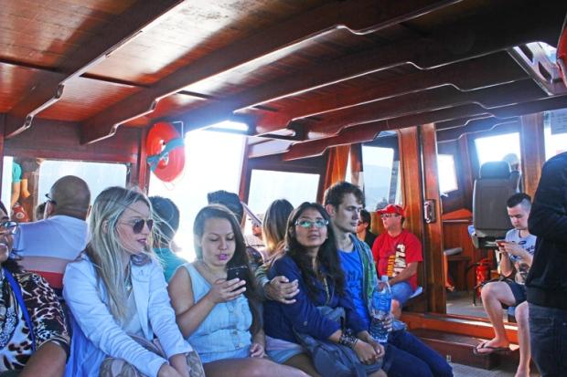 barco-passageiros-lagoa-da conceicao-florianopolis-floripa