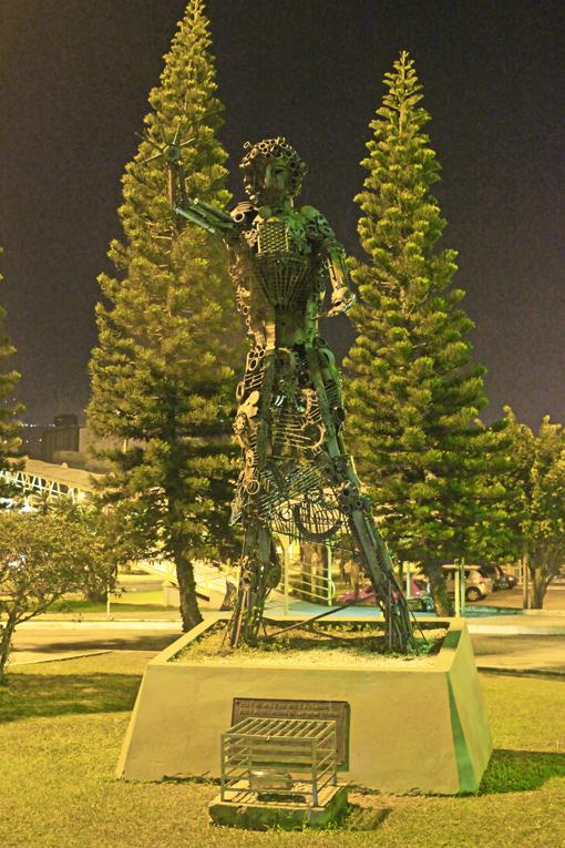 escultura-rita-maria-florianopolis-floripa