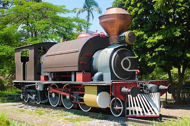 A antiga locomotiva faz parte da aula de história do Catavento Cultural.