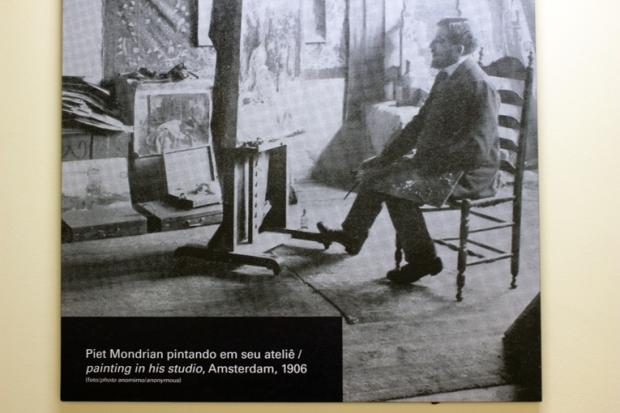 Fotografias, vídeos, outros artistas, esculturas, design e até casas fazem parte do Movimento De Stijl.