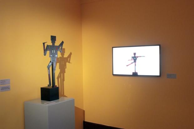 A escultura pode assumir várias formas. O conceito do De Stijl é ser útil, essencial.