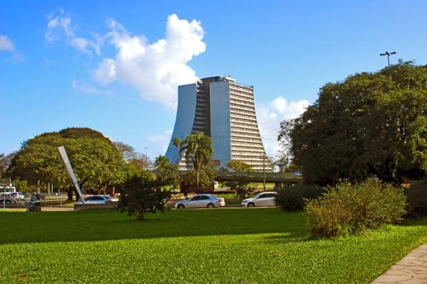 CAFF Centro Administrativo Fernando Ferrari Porto Alegre Bussola Quebrada