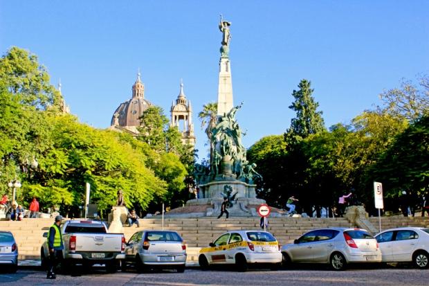 Monumento julio de Castilhos Praca Deodoro da Fonseca Matriz Porto Alegre Bussola Quebrada