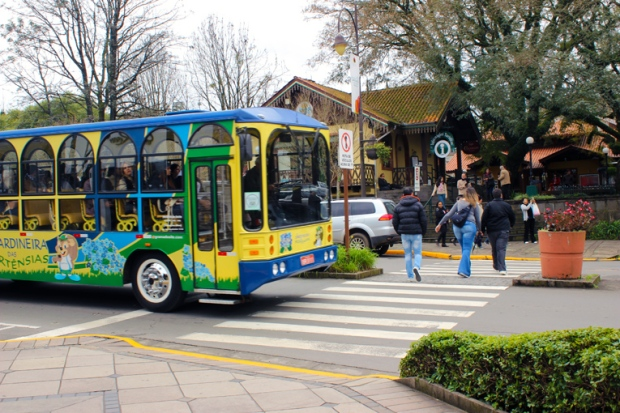 ônibus Jardineira Gramado