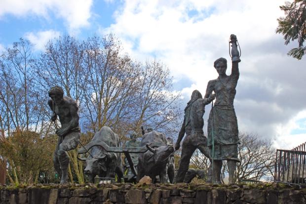 Estatuas Imigrantes Italianos