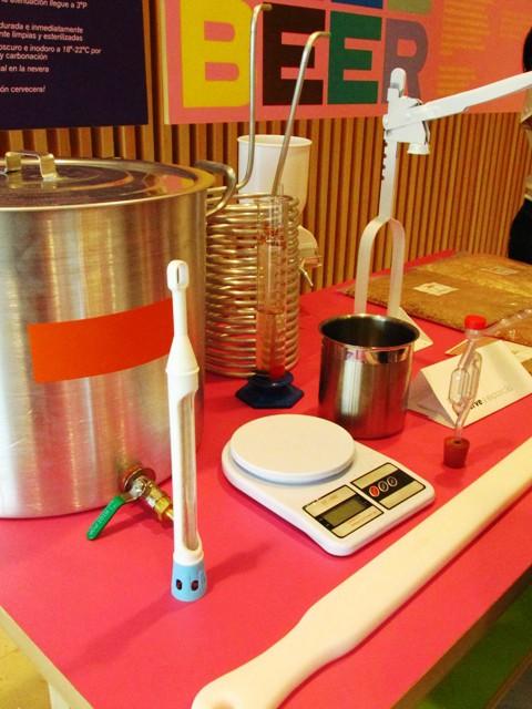 Instrumentos que você vai precisar para fazer cerveja em casa.