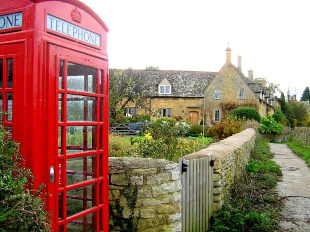 paisagem inglaterra cabine telefonica a bussola quebrada