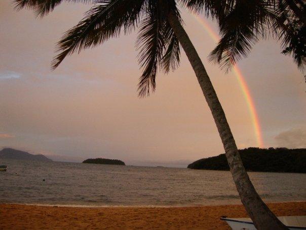 Arco-íris e pôr do Sol. A natureza dá o filtro.