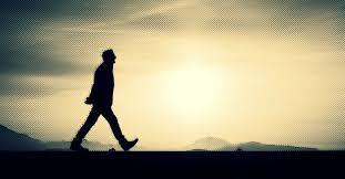 Você acha mesmo que caminha sozinho? Olhe à sua volta.