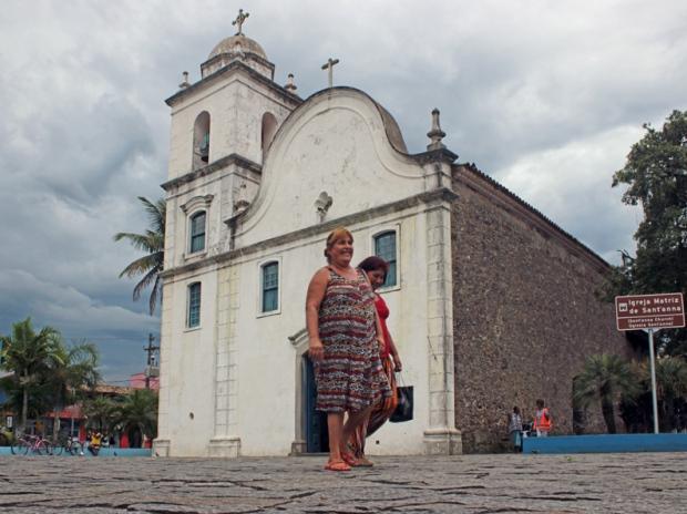 igreja-matriz-de-santanna-itanhaem-a-bussola-quebrada