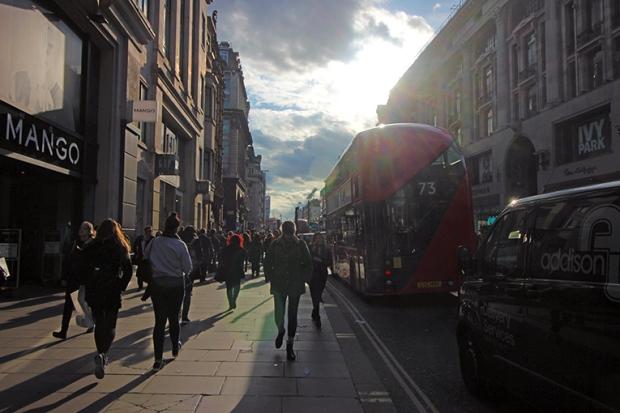 londres-london-compras-oxford-street-a-bussola-quebrada