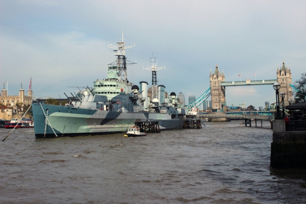 HMS-Belfast-ponte-de-londres-london-bridge-a-bussola-quebrada