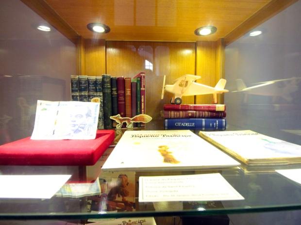 livros-pequeno-principe-mosteiro-sao-bento-a-bussola-quebrada