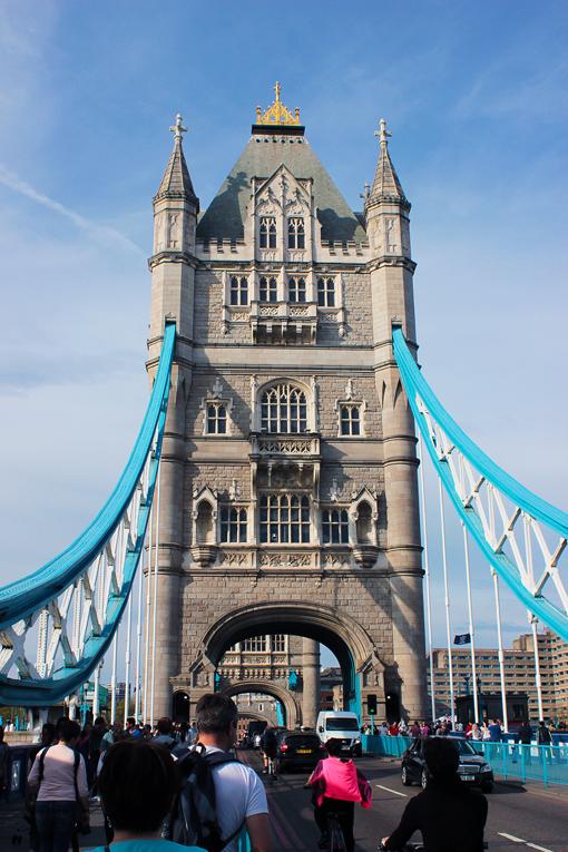 rua-ponte-de-londres-london-bridge-a-bussola-quebrada