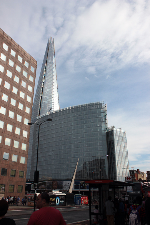 the-shard-ponte-de-londres-london-bridge-a-bussola-quebrada