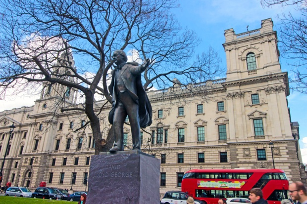 westminster-david-lloyd-george-a-bussola-quebrada