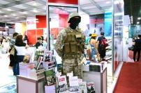 24-bienal-do-livro-guerra-soldado-a-bussola-quebrada
