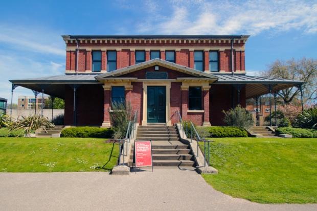 museu-subterraneo-kew-gardens-a-bussola-quebrada