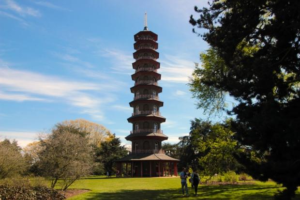 torre-chinesa pagoda-kew-gardens-a-bussola-quebrada