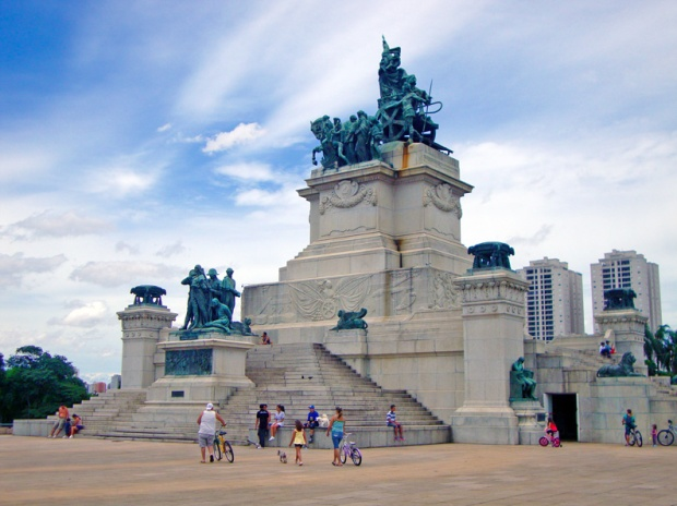 Monumento à Independência.
