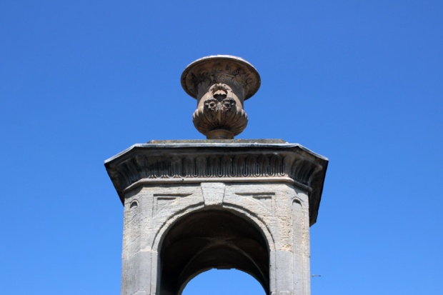 bath-cidade-romana-arco-jarro-inglaterra-a-bussola-quebrada