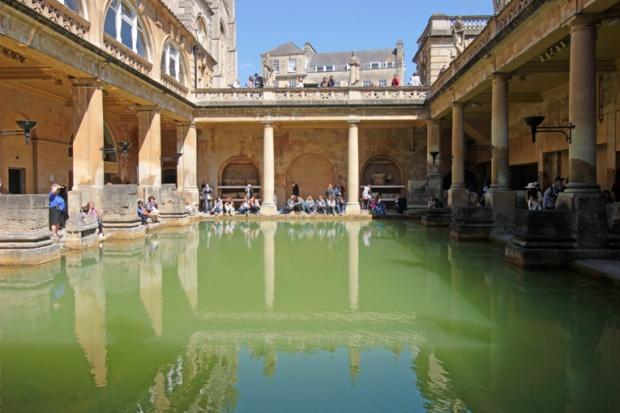 bath-cidade-romana-termas-inglaterra-a-bussola-quebrada
