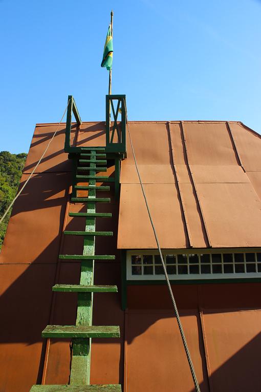 encantada-observatorio-santos-dumont-a-bussola-quebrada