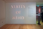 A entrada para a exposição States of Mind. Proibido fotografar. Sinto.